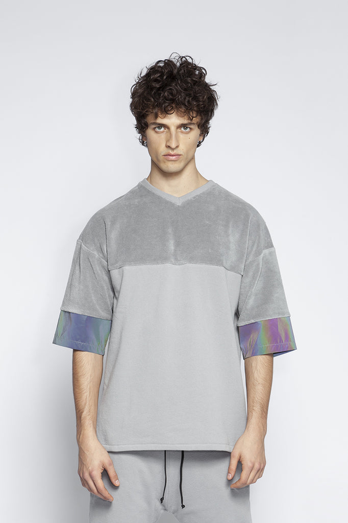 Plush t-shirt with holographic details
