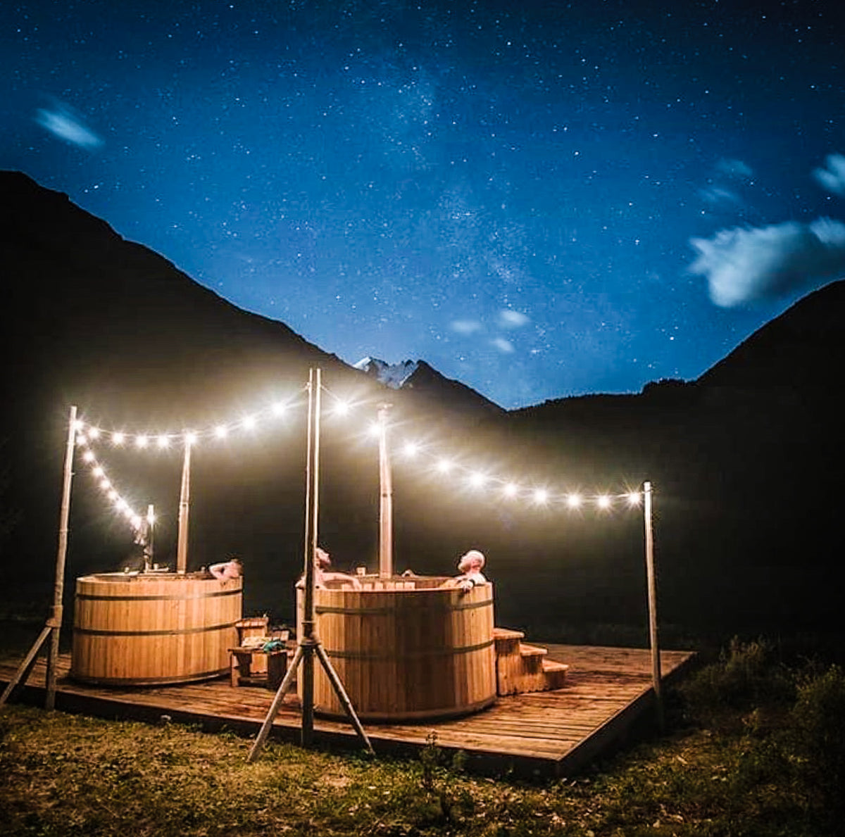 AlumiTubs Handcrafted Wood Burning Hot Tub