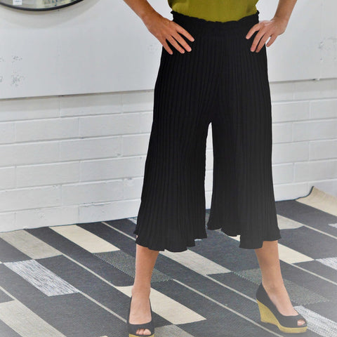Penny Pleat Pant