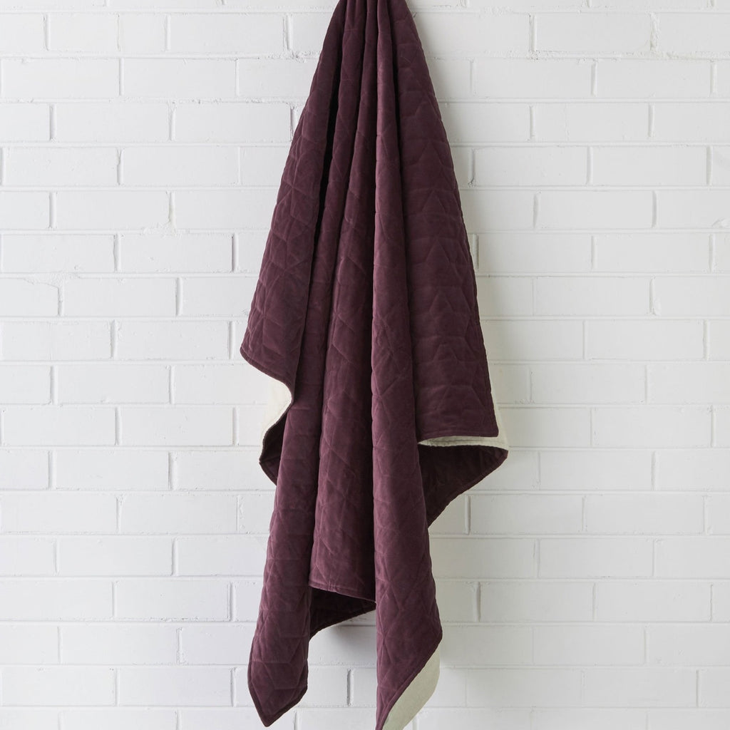 Kew Throw-thenestsw