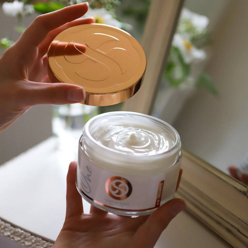 ONE HAND & BODY BUTTER