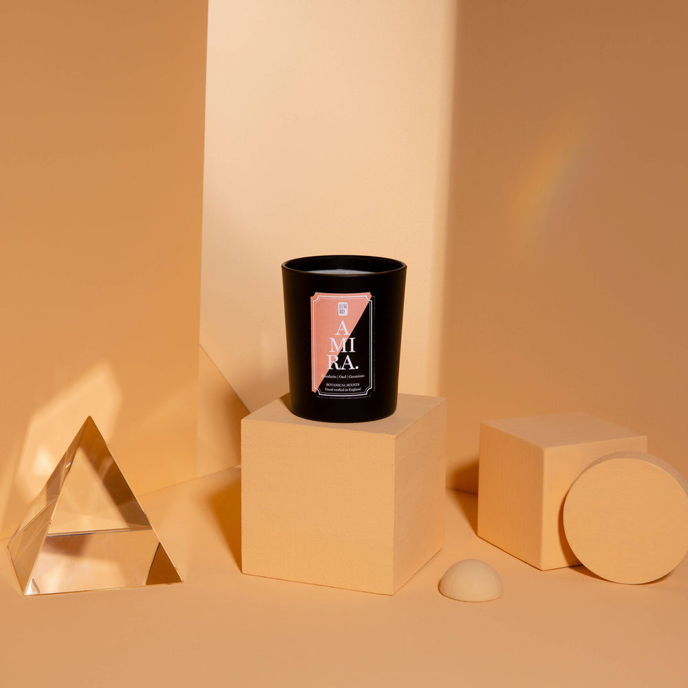 AMIRA SCENTED CANDLE