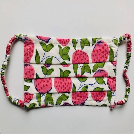 STRAWBERRY BLOCK PRINTED FACE MASK