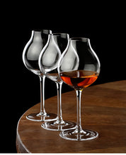 Load image into Gallery viewer, Britain Blender's Professional Bartender Ctomore Scotch Whisky Crystal Glass