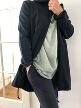 Afbeelding in Gallery-weergave laden, Long Cardigan Namasté - black