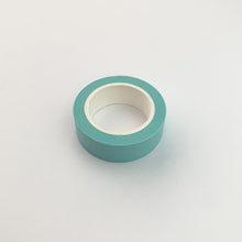 将图片加载到图库查看器,Light Blue solid colour washi tape roll