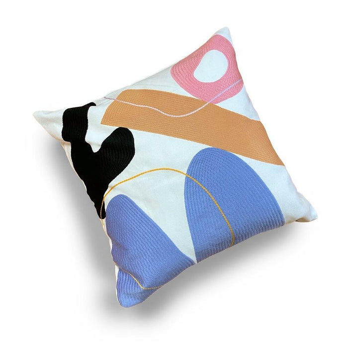STUDIO PROBA ARRANGEMENT PILLOW 09