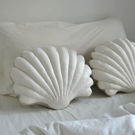 Shell Pillow in Pearl White Velvet - Large