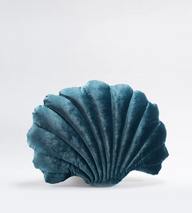 Shell Pillow in Velvet - Large