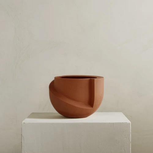 Vayu Terracotta Tabletop Planter