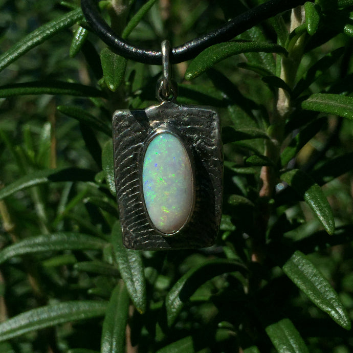 Custom Lightning Ridge Opal necklace
