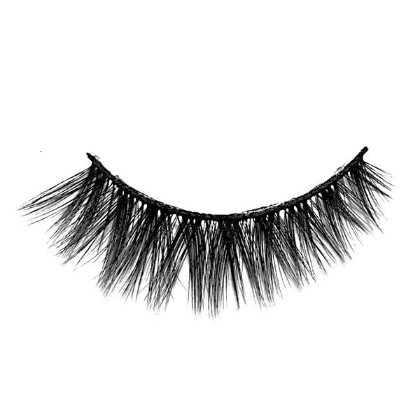 Chance Lashes - Premium 100% Silk Lashes - Charm Beauty Lashes - www.charmbeautylashes.com.au