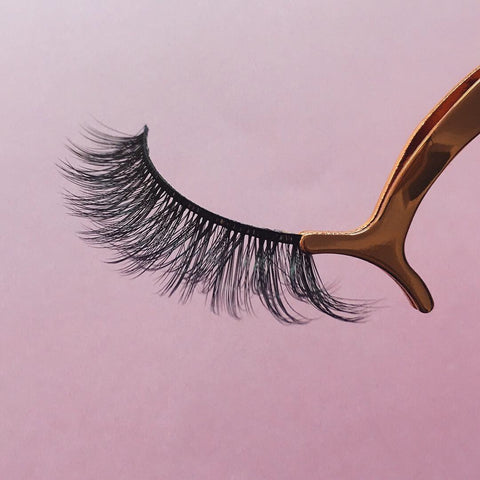 Shine Lashes - Premium 100% Silk Lashes - Charm Beauty Lashes - www.charmbeautylashes.com.au