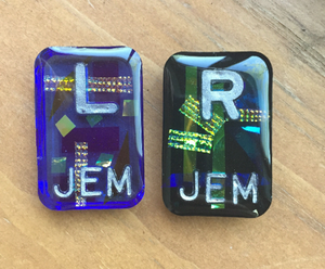 Dichroic Glass Resin X-ray Markers