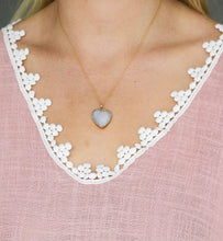 Load image into Gallery viewer, Druzy Heart Gold Necklace