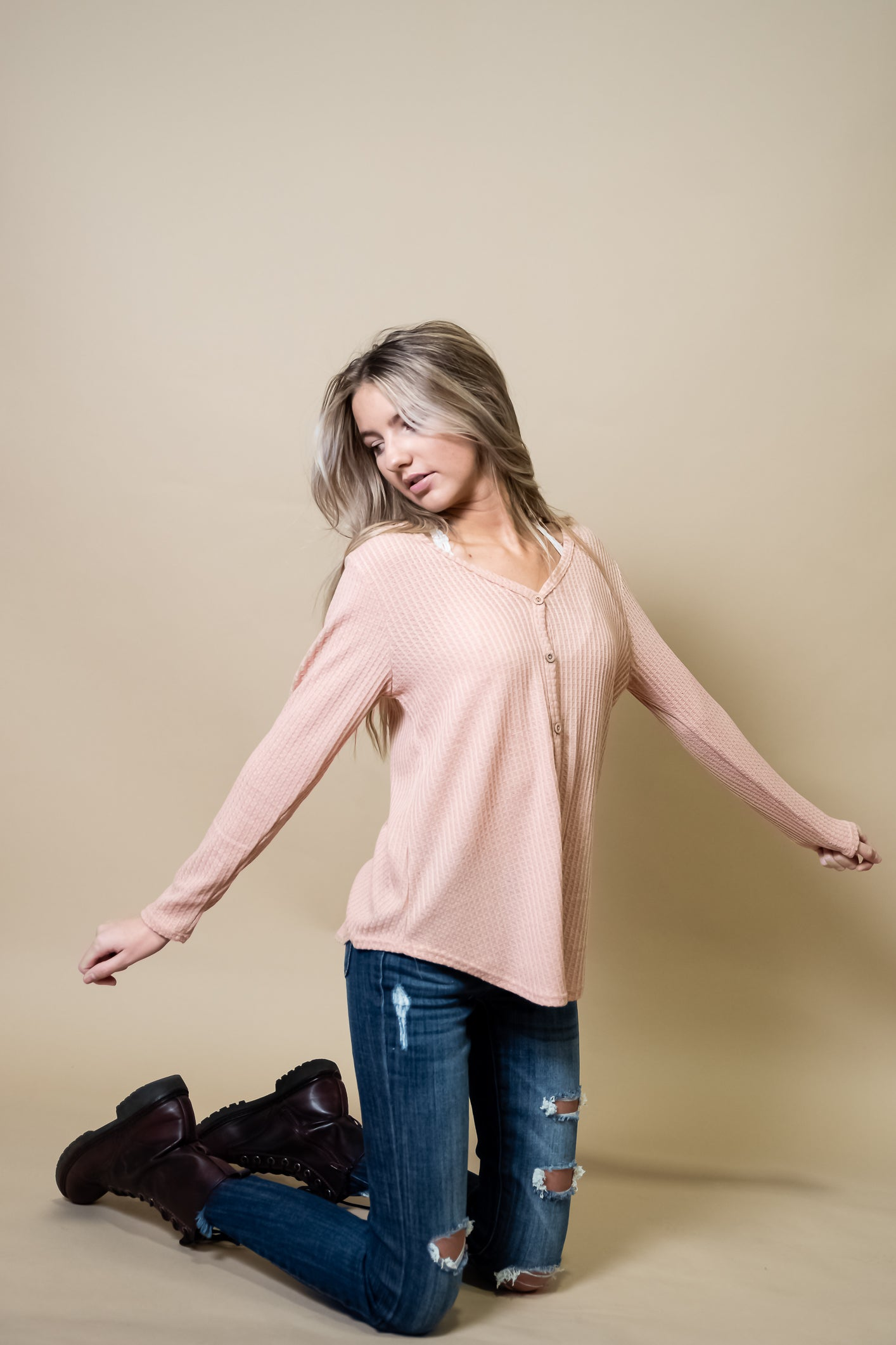 Ella V-neck Waffle knit top in Dusty Pink