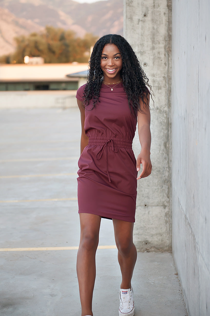 DT DOWNTOWN Women's Lightweight Dress in Burgundy