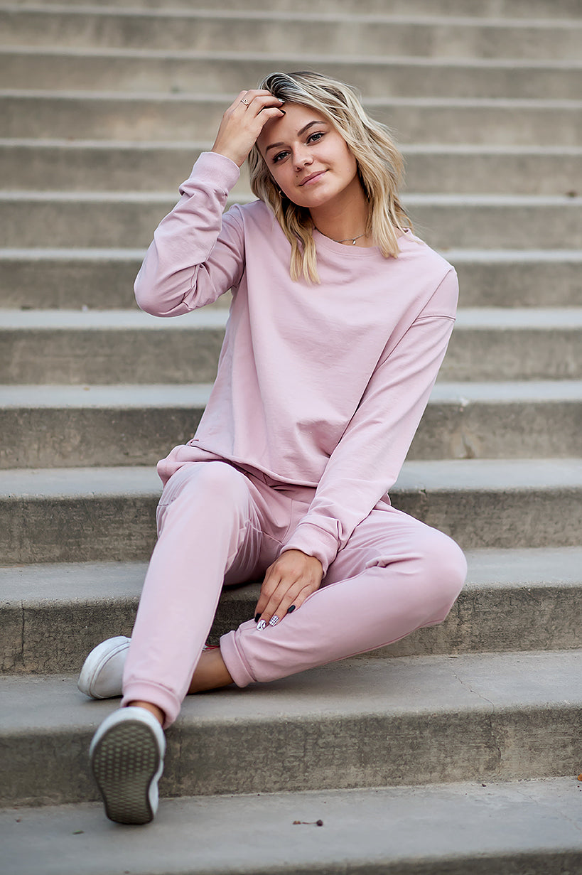 DT 24/7 Two-piece sweatsuit set in Blush Pink