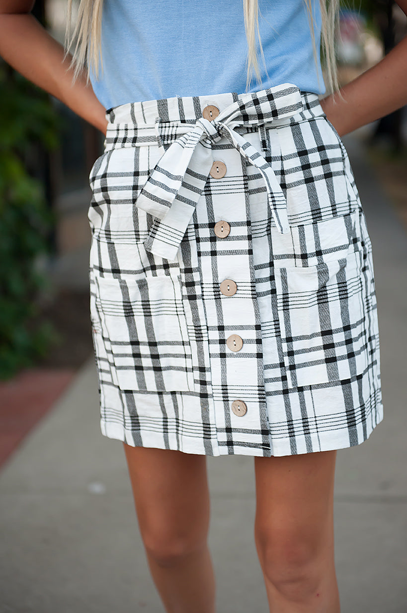 Coconut button Woven Skirt With Belt in Cream & Black Plaid - Duckthreads