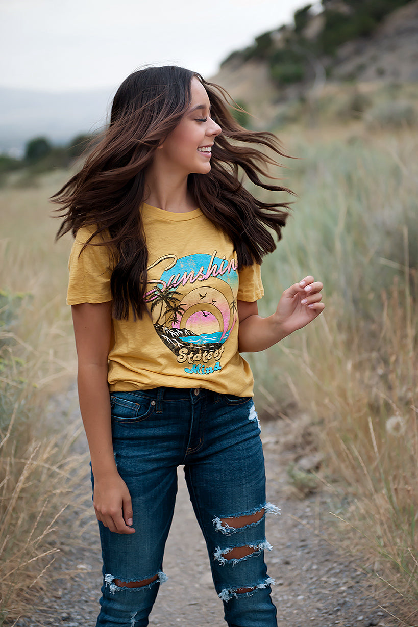 Sunshine State of Mind Graphic Tee in Mustard - Duckthreads