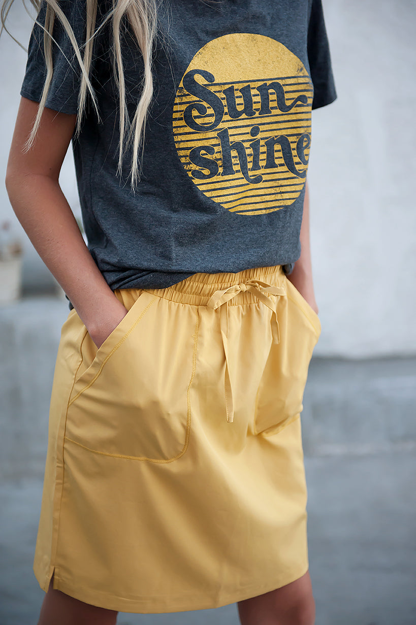 DT BREEZE Sporty Skirt in Sunflower Yellow with FREE matching scrunchie! - Duckthreads