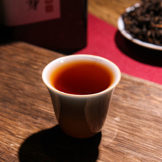 ripe pu erh tea in the cup 2018