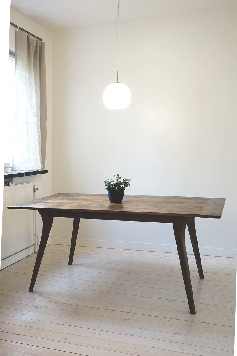 Silhouette table