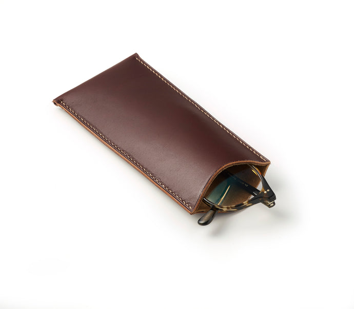 Flat glasses case