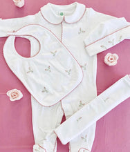 Load image into Gallery viewer, Petit Tresor Luxe Layette Set: Rosebuds