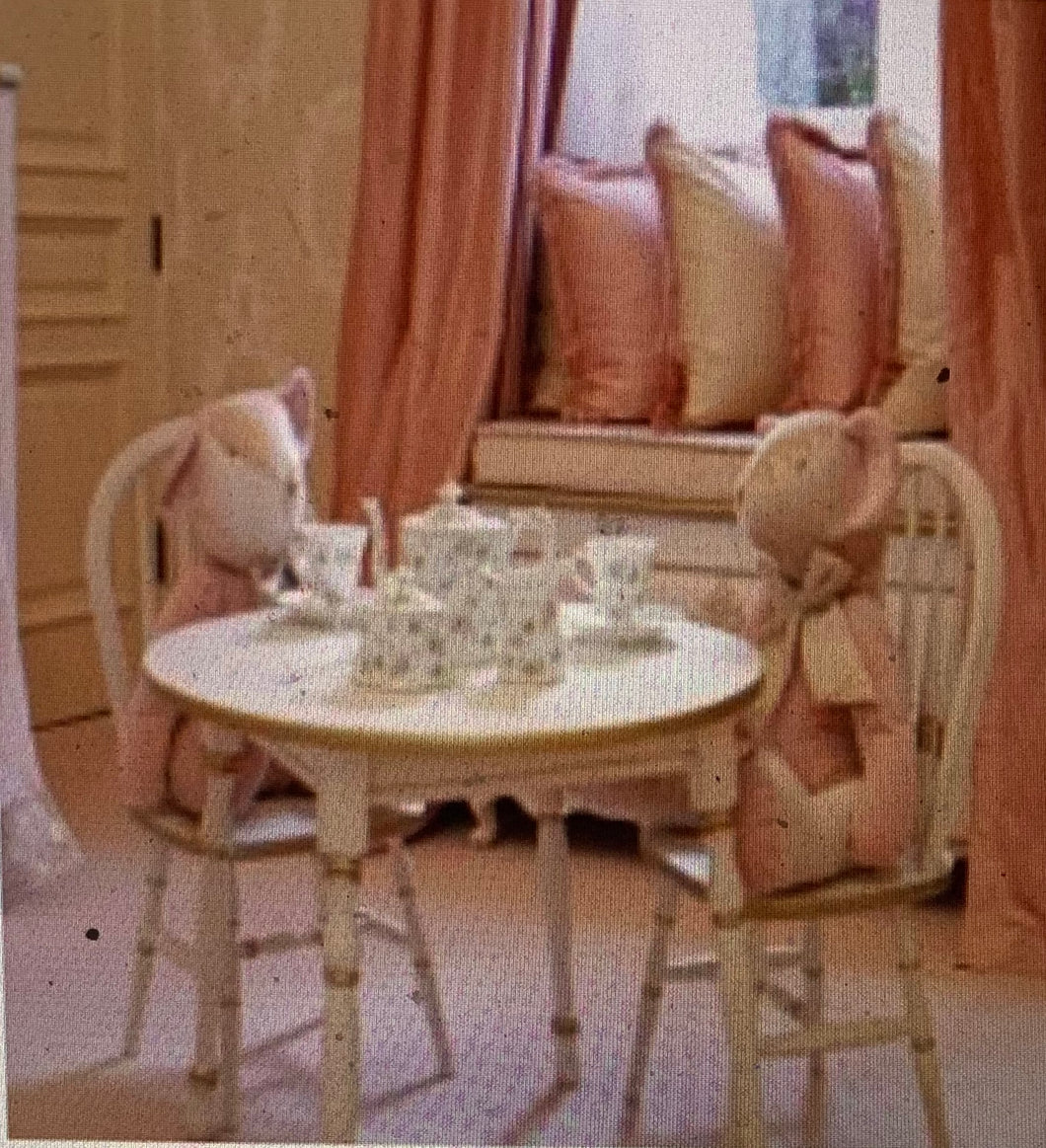 Petit Ange Children's Table and Chairs