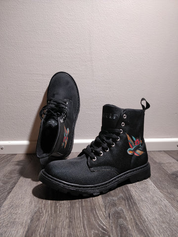 OUTLET FIND: Let's Just Pretend Shoes, Black 41