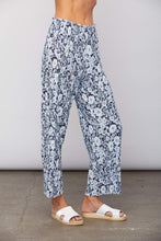 Load image into Gallery viewer, Sundays Swank Pant - Blue Floral