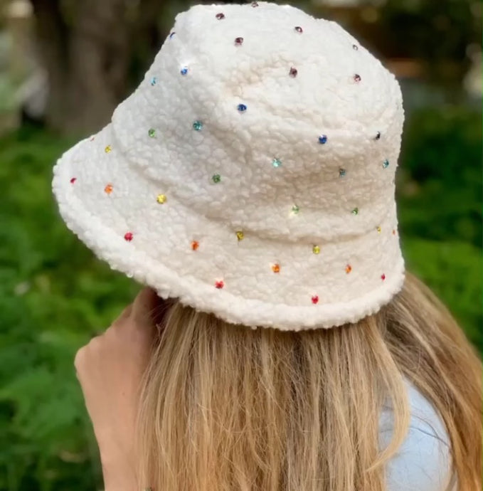 Bits & Pieces Teddy Bucket Hat - Cream