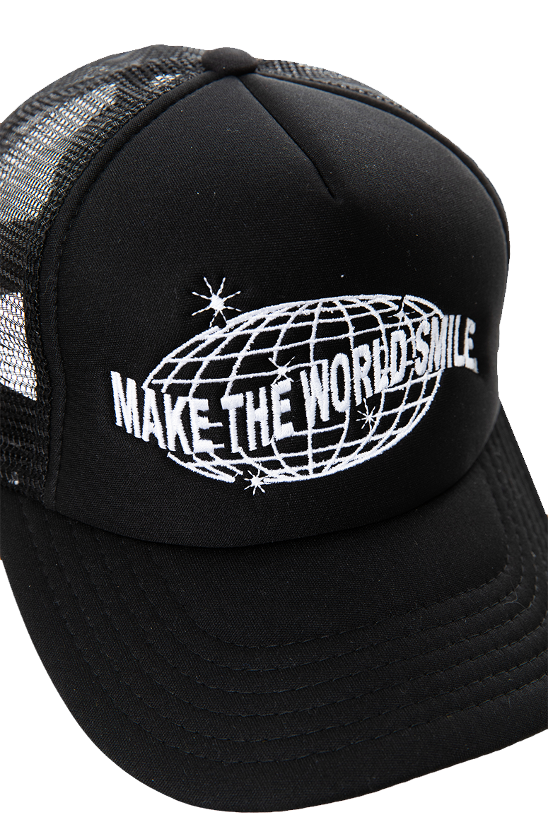 World Smile Trucker Hat - Select Start