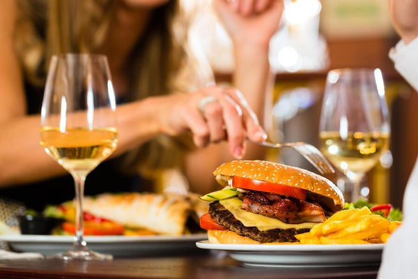 5 Tips on How to Dine Out & Stay Healthy