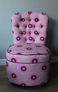 Pink deep button chair