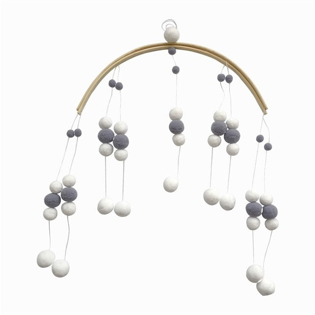 DIY Felt Balls Nursery Mobile