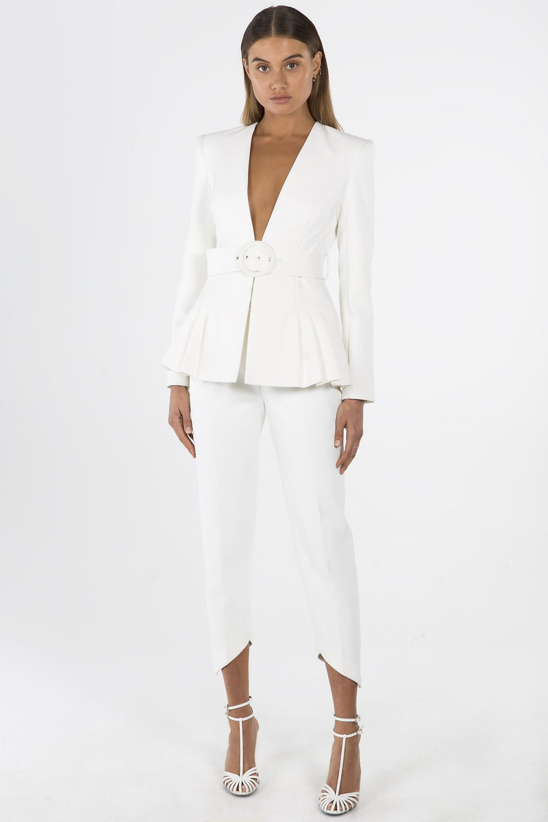 Model wears Tamina Blazer in colour ivory