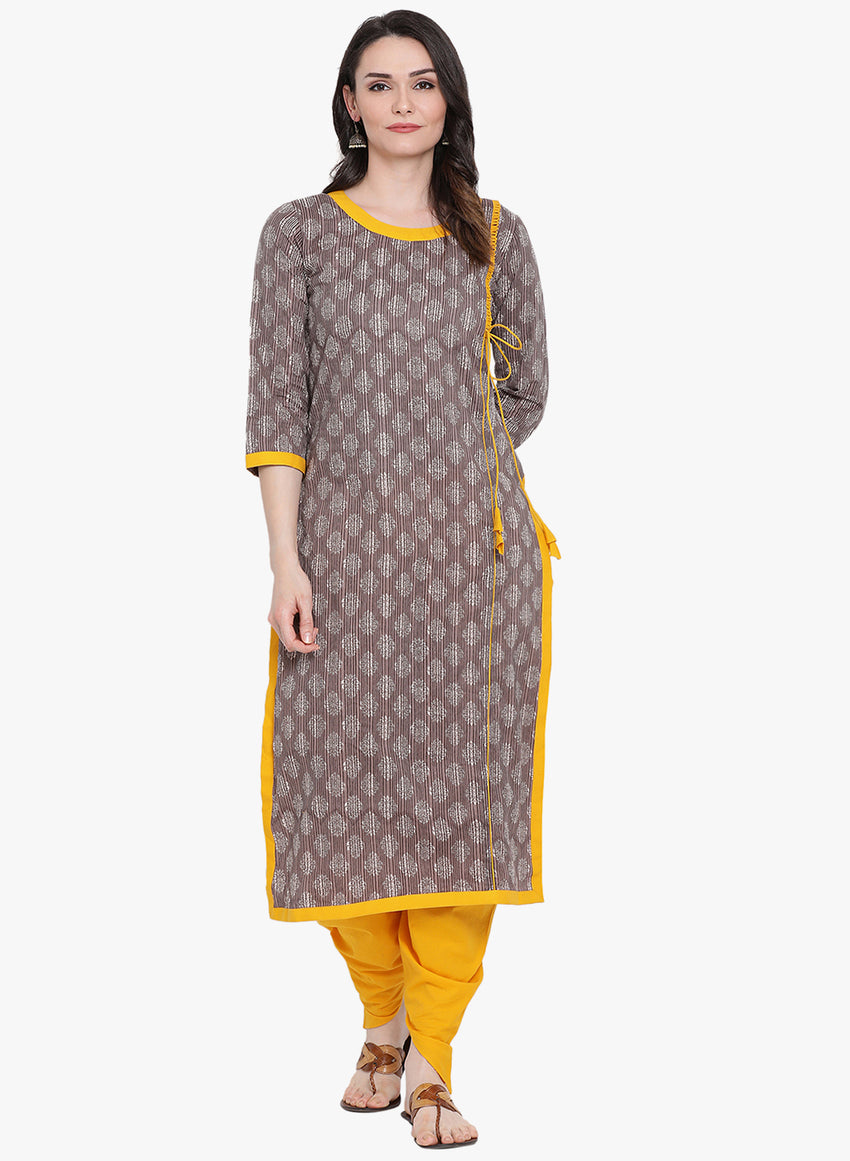 Fabnest womens straight cotton grey printed kurta with yellow loops and inserts.