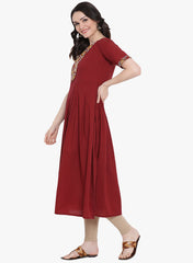 Fabnest womens maroon cotton pleated kurta with printed half jacket.