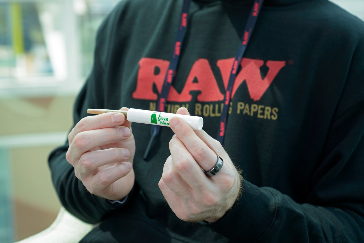 Raw cones The Green Blazer Amazon Raw Rolling papers