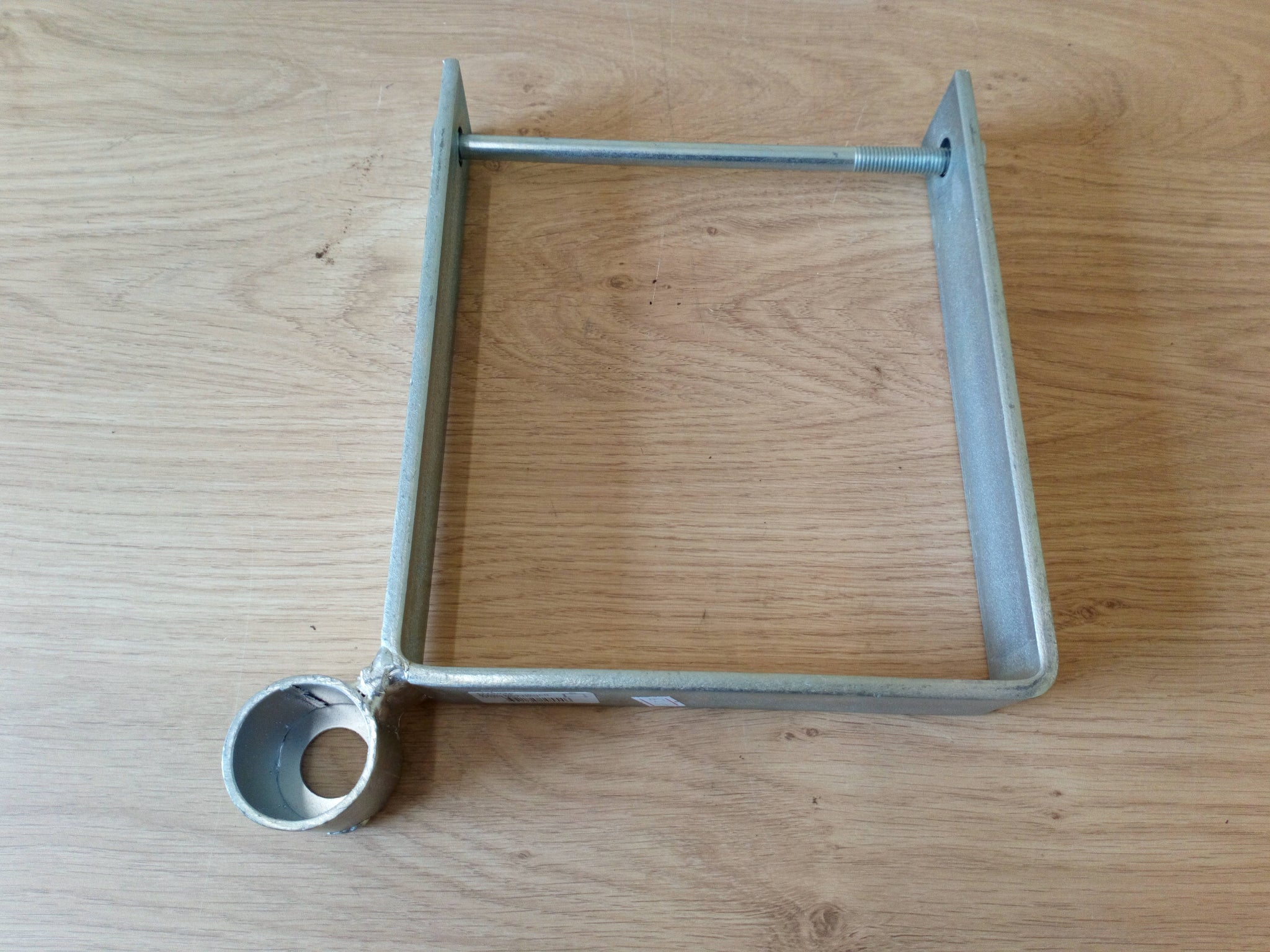 "7 1/4"" Bottom Corner Gate Hanger"