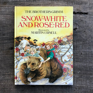 The Brothers Grimm Snow White and Rose Red
