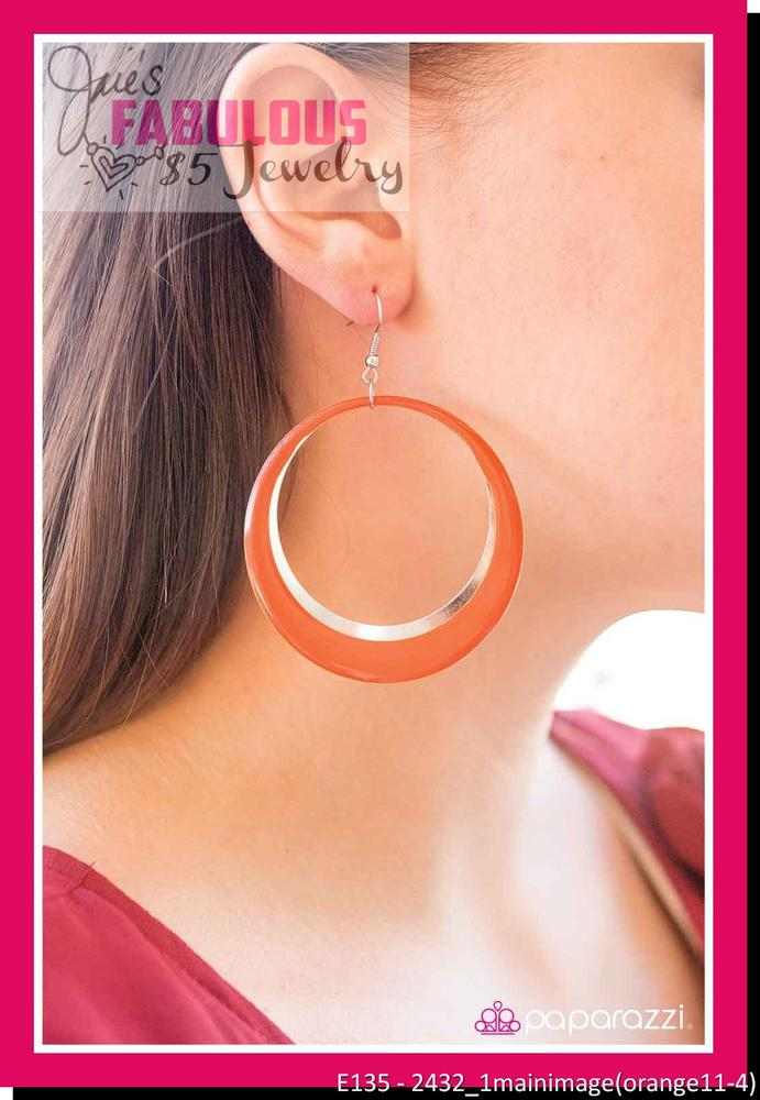 E135 - orange earrings