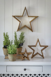 Natural Wooden Mantle-piece Stars