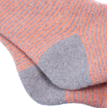 Load image into Gallery viewer, Cosy Cuff Striped Socks