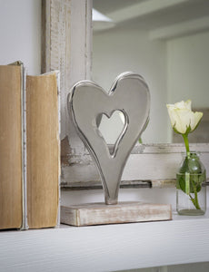 Metal Mantle Piece Heart Decoration