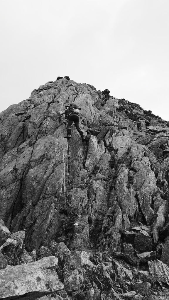 The north tower on Tryfan scramble