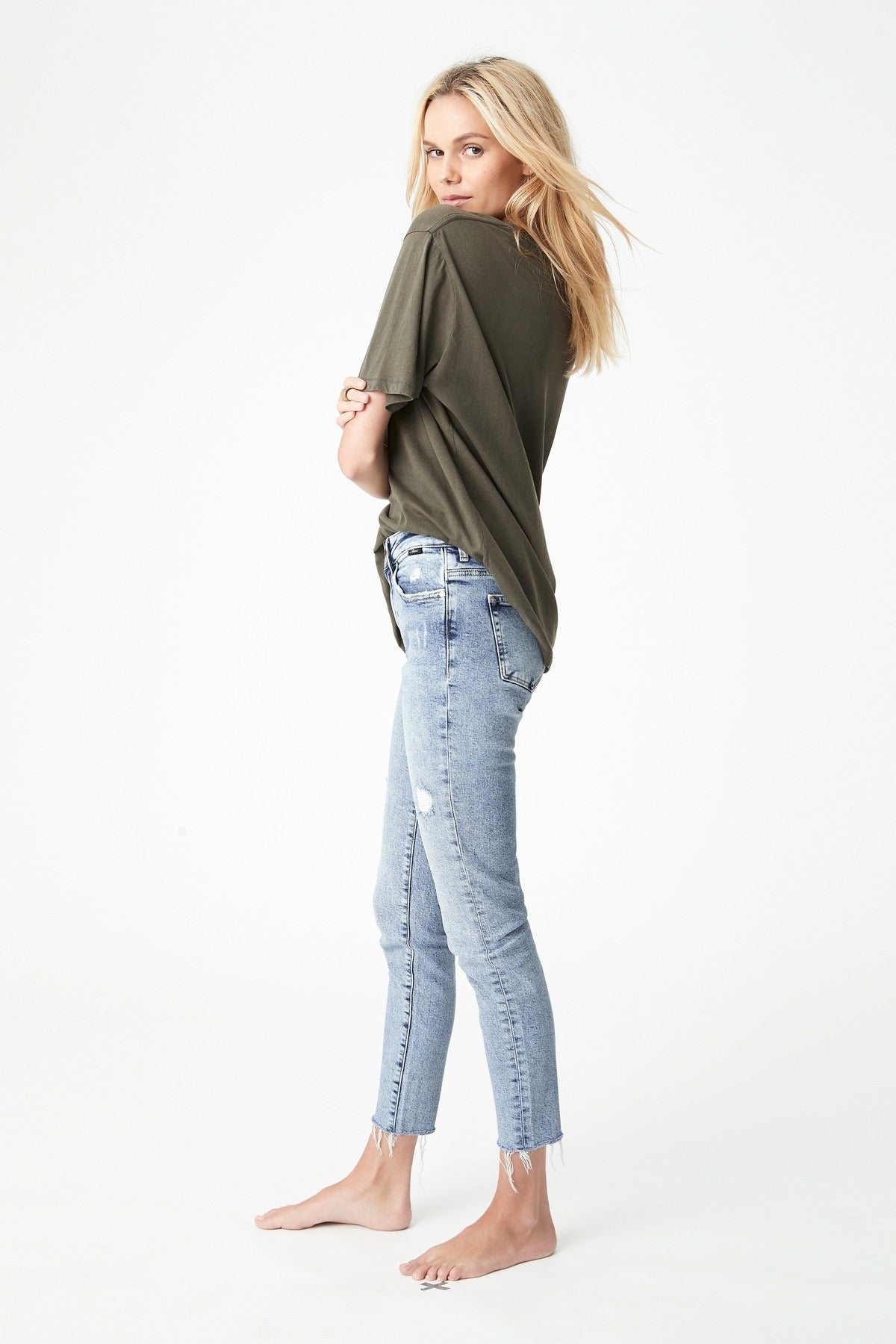 Mavi II ALISSA LT Ripped Rigid Look Ankle Jean