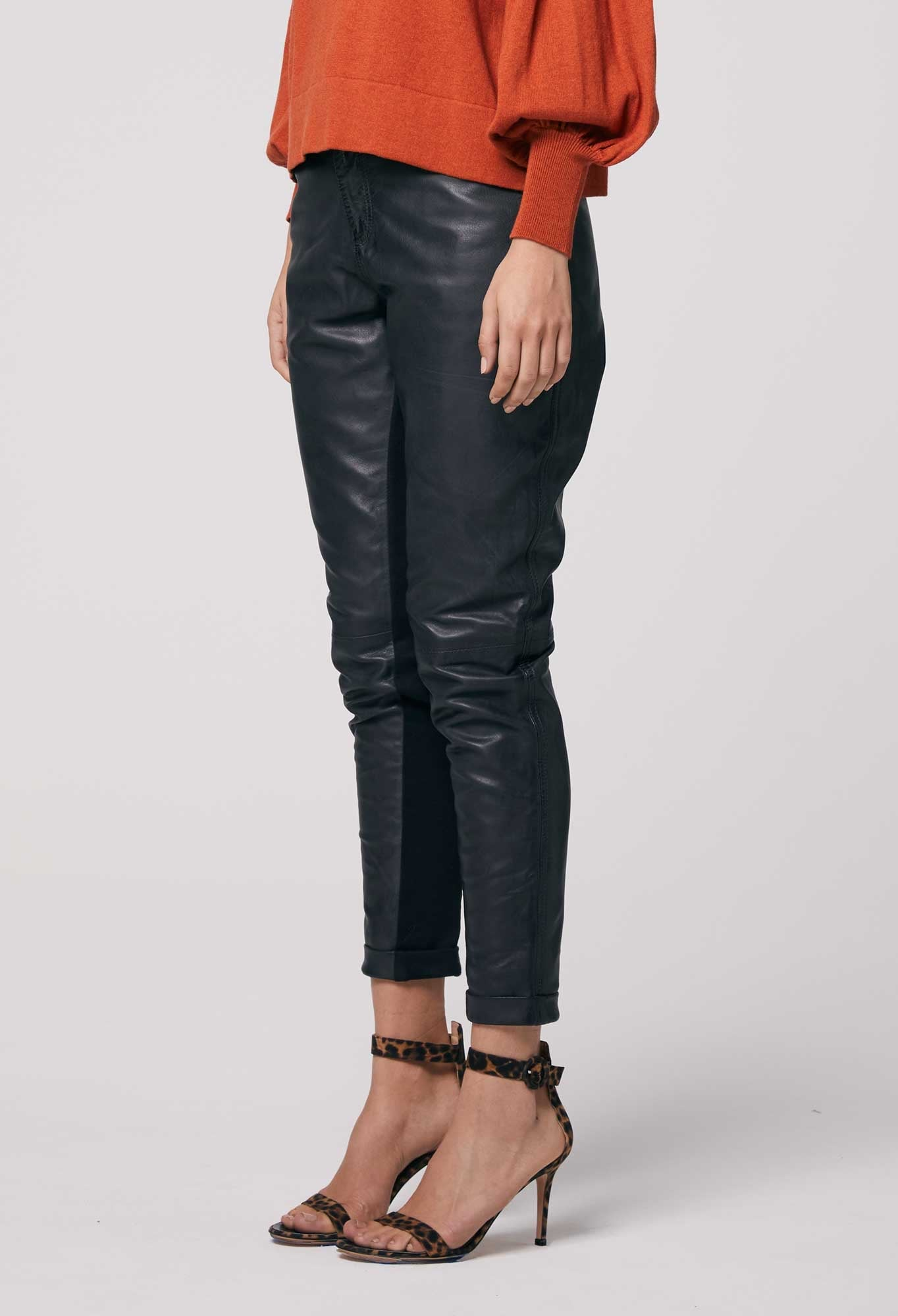 OnceWas II OAKLEY Relaxed Leather Pant / Black